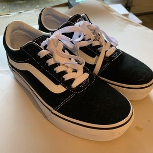Vans Shoes - VANS WARD PLATFORM!!!
